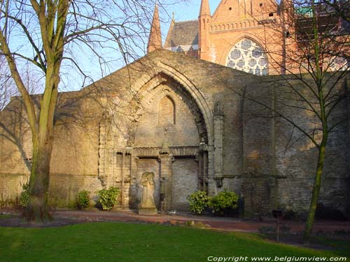 Eglise Sainte Walburga VEURNE / FURNES photo
