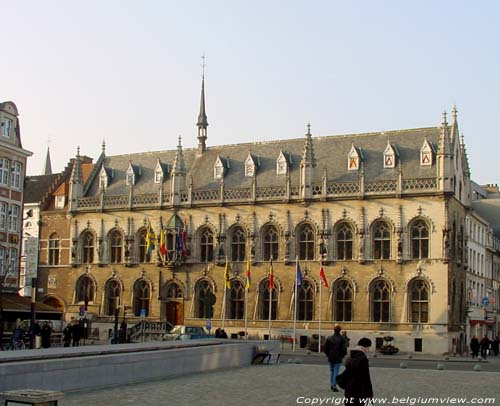 Town hall KORTRIJK picture
