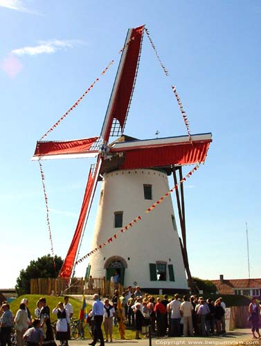 White Mill of Roxem OUDENBURG picture