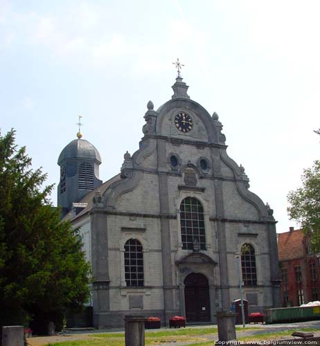 Saint-Peter and Saint Berlinde's church MEERBEKE / NINOVE picture