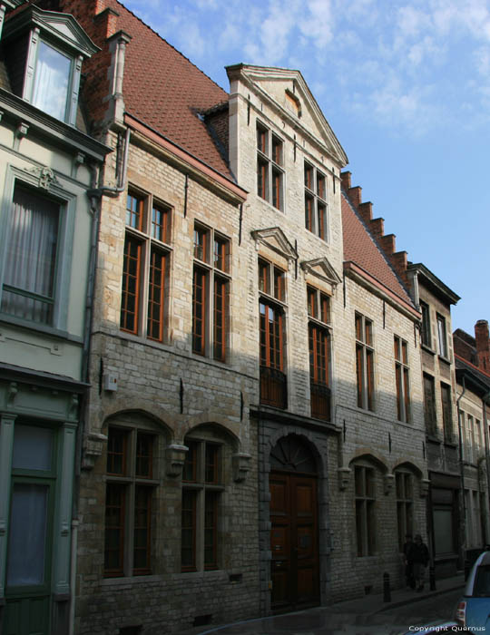 House GHENT picture
